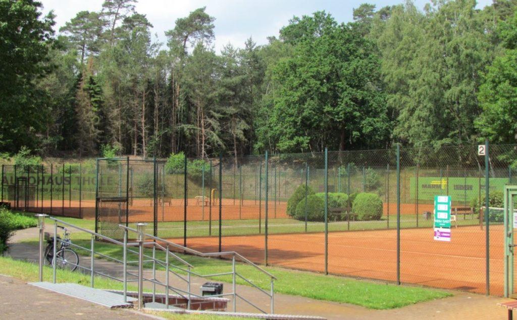 Tennis spielen am Dünenweg - SV Holthausen Biene