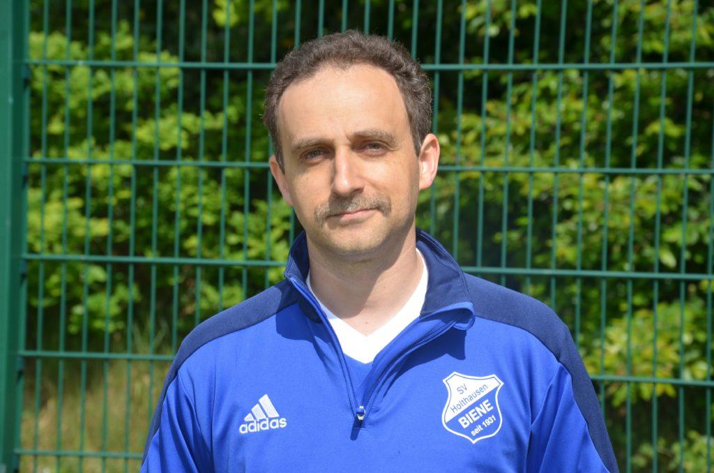 Altsenioren Mittelfeldspieler Alexander Lebskiy