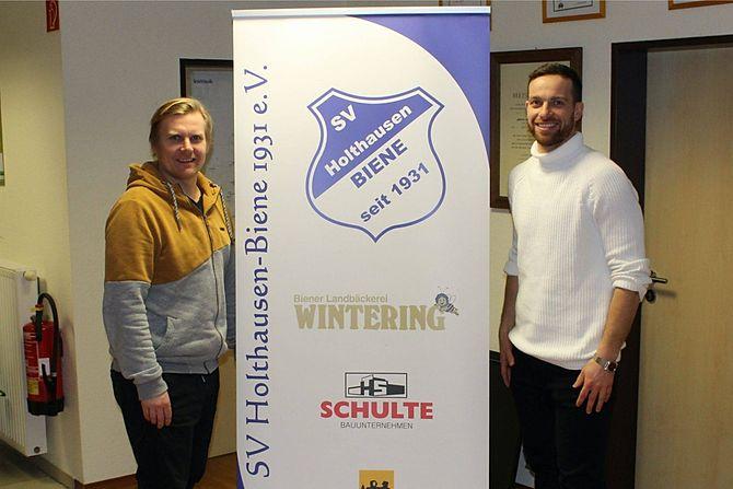 SV Holthausen Biene Henrik Bemboom und Sven Foppe verlängern